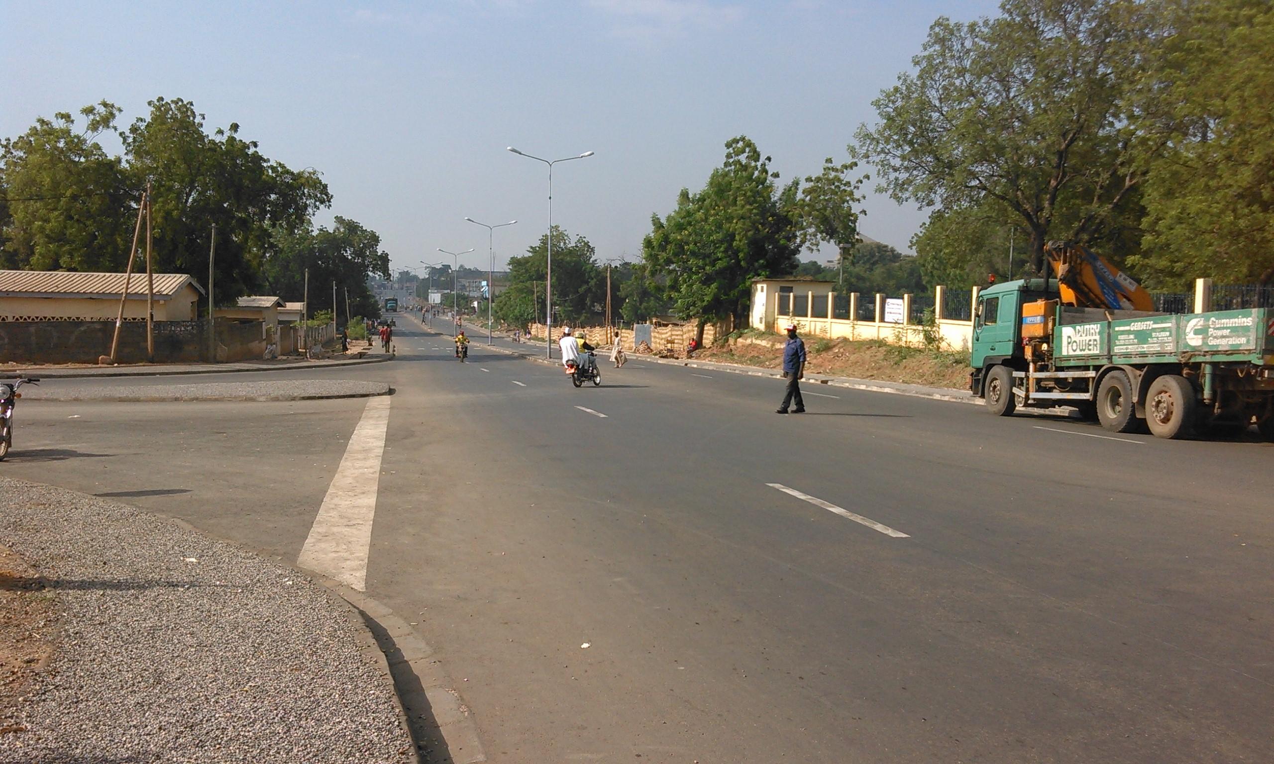 Carrefour CNPS_route de Yelwa a Garoua