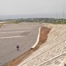 Vue du paking ouest du satde de Limbe a partir de la route de Buns au palier 4